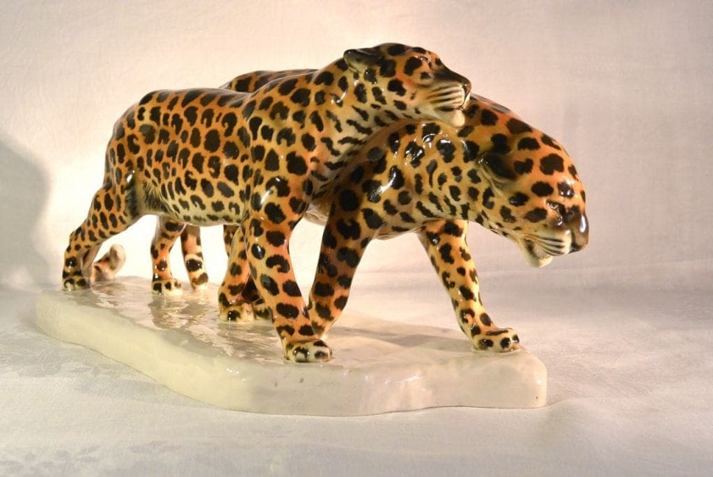 Etha Richter - porcelain leopards
